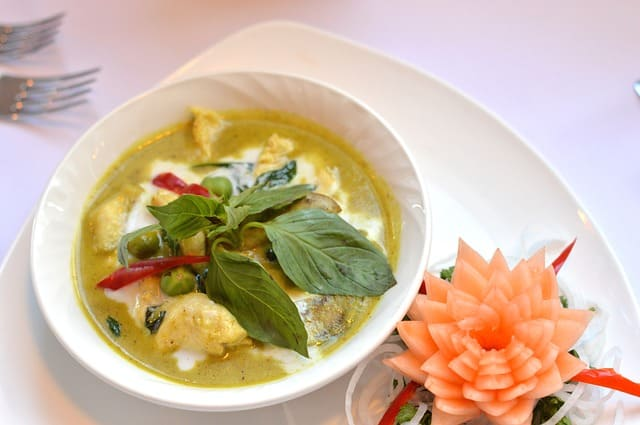 タイ旅行 食事