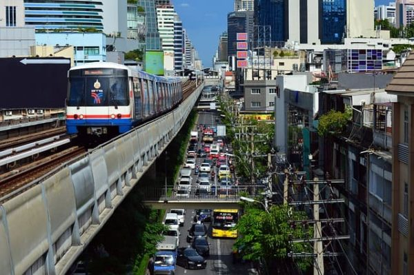 タイ 移動費