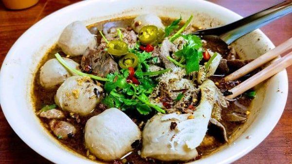 タイ 食事 マナー