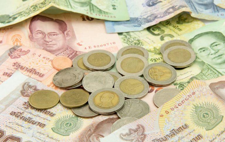 タイ旅行 現金
