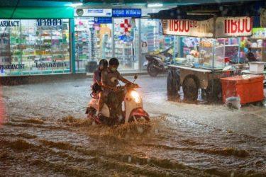 タイ バンコク 雨季